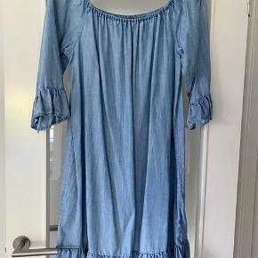 Denim only kjole str 42 (lidt lille i str) brugt få gange 125kr