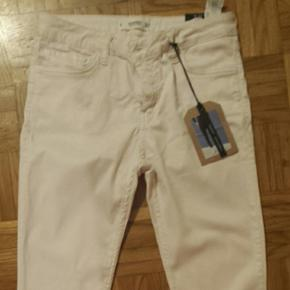 Cropped jeans rose pale, taille 38