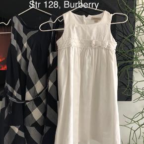 Mp 350kr Per kjole pp