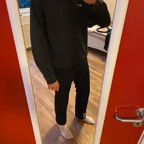 Nike hættetrøje