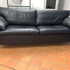 Søren Lund, dansk designer læder sofa i virkelig top kvalitet Ca 5 år gammel men i top form 220 cm lang  Model SL229