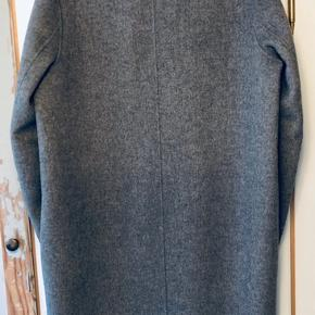 Acne Studios Charlie cashmere coat. Fits like a M. Like new.  Size 50 ( not oversized)  Happy to send more pics if need!