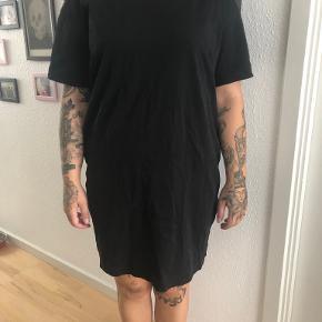 Uniqlo kjole