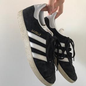 Adidas originals - gazelle sneakers  Lidt slidte under men stadig i rigtig fin stand