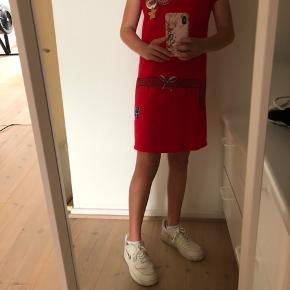 Rød Little Marc Jacobs kjole i str 150.