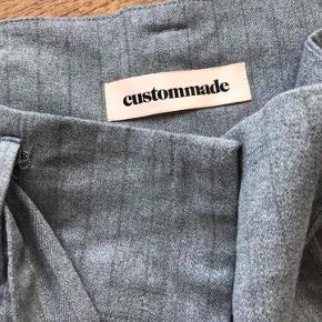 flotte bukser i lidt uldent stof (men blødt)