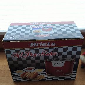 Ny retro Ariete Hotdog maskine Ubrugt i original emballage Nypris 350 kr Julegave idé