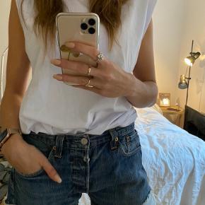 Vintage levis shorts. Byd