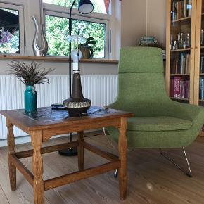 Bordlampe designet og produceret af Michael Andersen, Bornholmsk keramik fra 1960'erne.  Lampen er 100% fejlfri.    Lampen sendes ikke!   #trendsalesfund