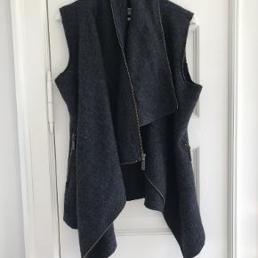 Gróa vest