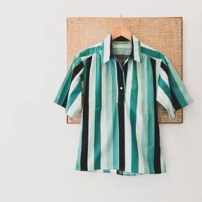 Cacharel vintage skjortebluse. Passer en 34/36