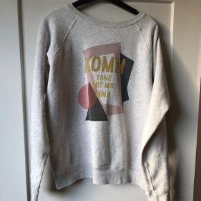 Sweatshirt fra isabel marant, str fransk 38, passer s.  Mp 250 pp