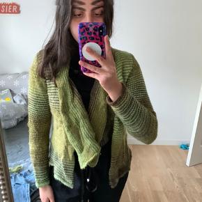 Skovhuus. grøn strikket cardigan