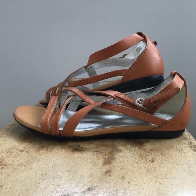Lekre italienske sandaler Str 38