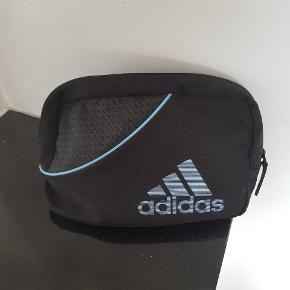 Adidas anden taske