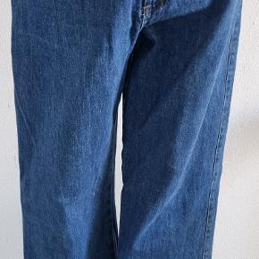 Departure jeans