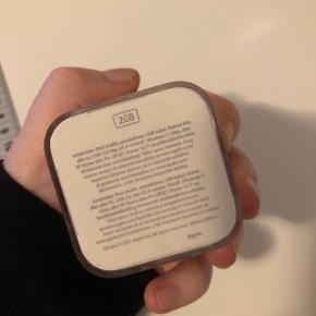 iPod shuffle 2 GB Fungere godt Næsten aldrig brugt MP 100 kr.