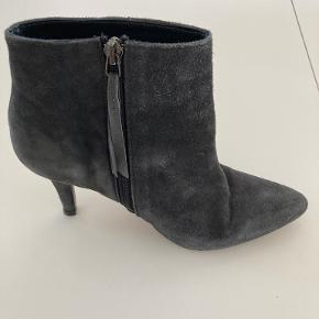 MDK / Munderingskompagniet støvler