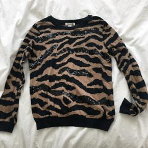 Pull Forever 21 à sequins   taille M