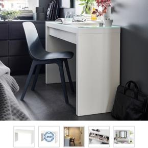 Sælger dette skrivebord/makeup bord fra IKEA Ny pris er 800kr, men da jeg har brugt det i noget tid sælger jeg det til kun 249kr  Fungerer som det skal og ingen tegn på at det er brugt :)
