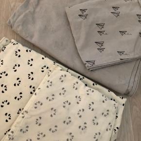 Flot sengetøj i Junior fra Petit by Sofie Schnoor. Næsten ikke brugt og i pæn stand uden slid eller lign.  150 pp pr sæt