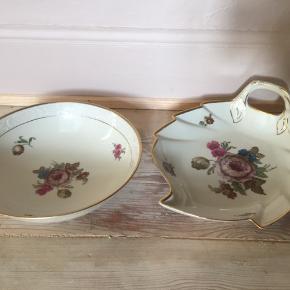 To skåle /fade fra Københavns Porcelæns Maleri.  Har småafskalninger i guldkanten, ellers i virkelig god stand!