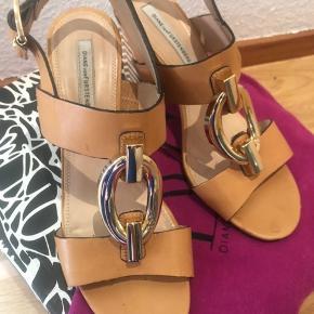 Diane von Furstenberg sandaler