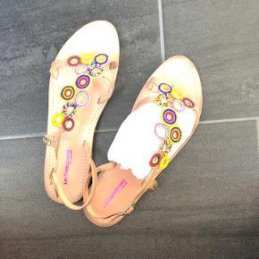 Originalpreis 80 CHFLeider sind mir die Sandalen oben zu eng.  Preis mit Porti oder Abholung in Nassenwil.