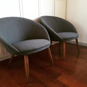 Nypolstret Loungestole fra 1960erne. Pris pr stk 1800
