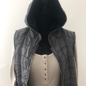 Zorbé vest