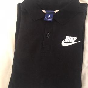 Nike polo str S (fitter M) sælges