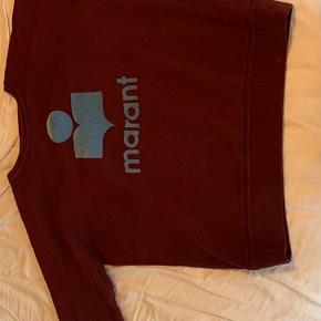 Dejlig varm sweater sælges. Den er lille i størrelsen og passer str. 38-40