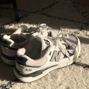 New Balance sneakers. Brugt 3-4 gange. Fitter 37-38