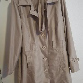 Fin jakke fra Zizzi str Xl. Kan sendes for købers regning! :)