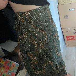 Slå om nederdel fra Continue