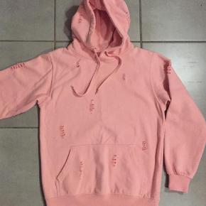 Brand: Hooded sweat ST718 Varetype: Bluse Størrelse: 12-14 år Farve: Lyserød