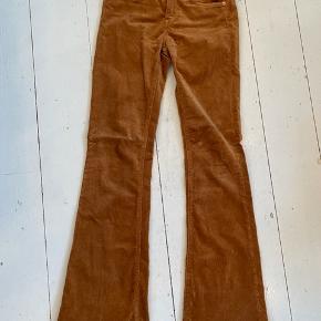 Flotte bukser fra Zara i str. 24 ⭐️