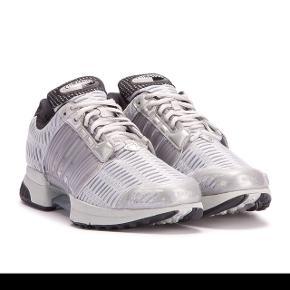 Adidas climacool. Helt nye Stadig med tags. Str 42 2/3. Købt i Wood Wood til 1100 kroner