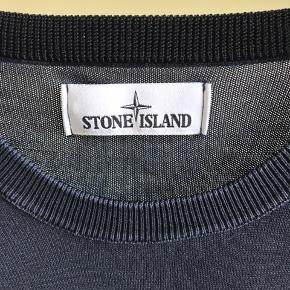 STONE ISLAND CREWNECK  STR XL FITTER L COND 9+ NYPRIS 2800  Mp 700 BIN 1100