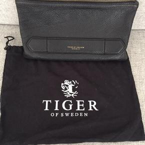 Tiger of Sweden clutch