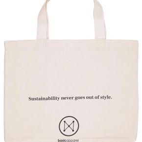 Basic Apparel anden taske