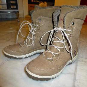 b23527a4c79 Fantastisk lækre og helt nye støvler. En gave, der har været på en enkelt