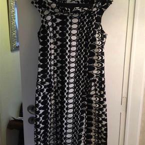 2-Biz kjole