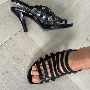 Freelance heels
