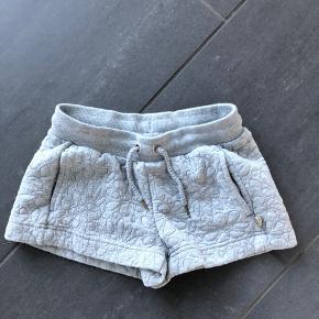 Fine shorts fra PDL. Fejler intet.
