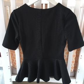 Peplum t-shirt med mønster