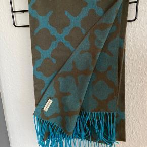 Løkker stor uld tørklæde fra By Malene Birger  Mp 450 pp
