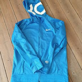 Lækker Nike hættetrøje str L.  Aldrig været i brug.