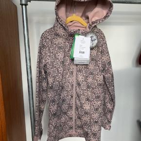 Helt ny, lækreste softshell jakke/frakke fra Wheat