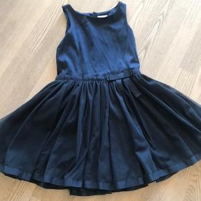 Fin kjole brugt få gange.